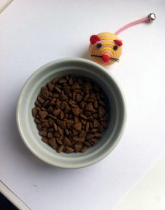 Гранулы корма для кошек Wahre Liebe