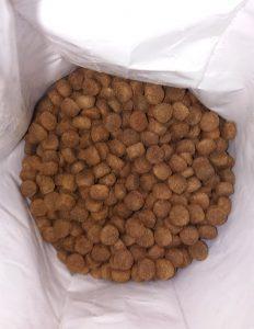 Гранулы корма для собак Органикс